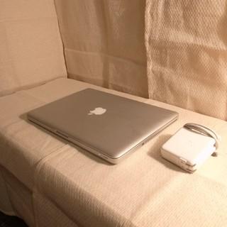 マック(Mac (Apple))のメモリ8GB バッテリー超超良好 大容量超高速500GB MacBook Pro(その他)