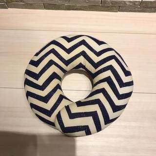 頭の形がよくなる枕  Doughnut Pillow(枕)