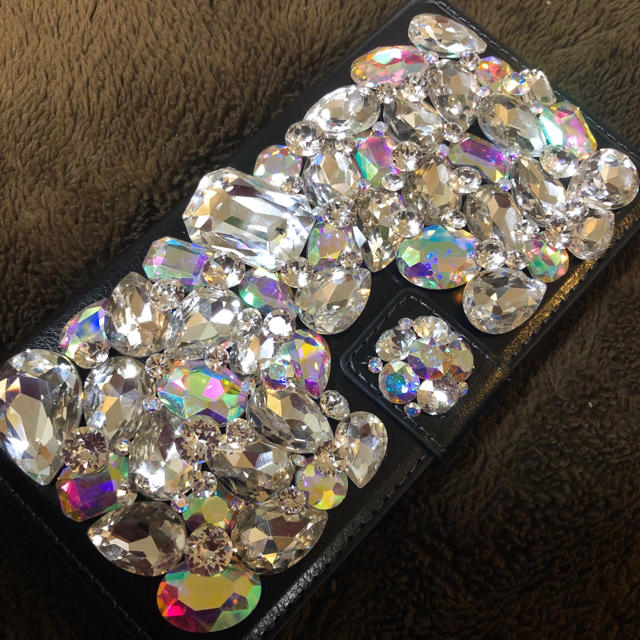 バーバリー iphone7 ケース 革製 | キラキラガラスビジュー スワロフスキーアイフォンケース カバーの通販 by デコショップ  雅|ラクマ
