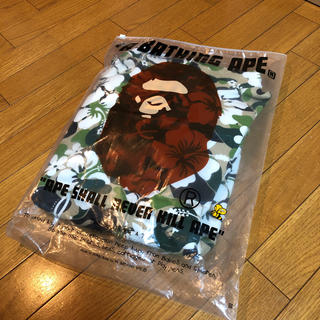 A BATHING APE - a  bathingape ape エイプ ハイビスカス カモ柄