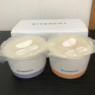 ジバンシィ(GIVENCHY)の未使用 ジバンシー レンジ ココット ボウル ふた付容器  陶器 2点セット(容器)
