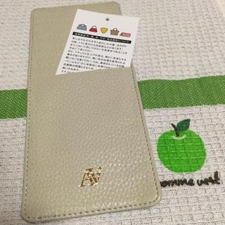 アタオ(ATAO)のATAO★店舗限定カードケース アイボリー 😃(財布)