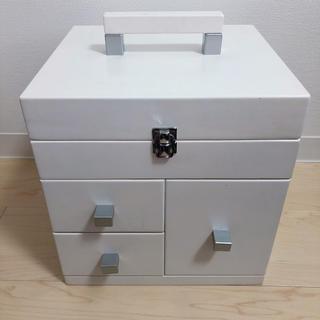大容量コスメボックス 約縦26×横28×高さ29センチ 未使用角度調整可能三面鏡(ドレッサー/鏡台)