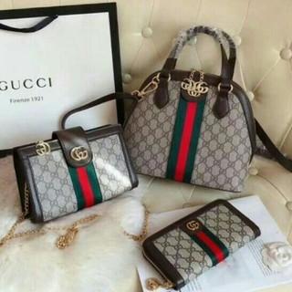 Gucci - Gucclショルダーバッグ、ショルダーバッグ、ハンドバッグ、財布