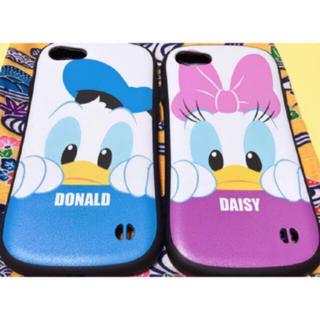 Disney - iPhone7/iPhone8 スマホケース ドナルドデイジー