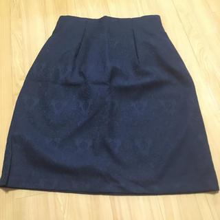 アストリアオディール(ASTORIA ODIER)のタイトスカート(ひざ丈スカート)