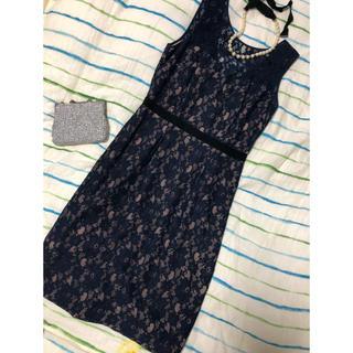 ビーシービージーマックスアズリア(BCBGMAXAZRIA)のBCBGMAXAZRIA 美品 ネイビーレースドレス US8(ひざ丈ワンピース)