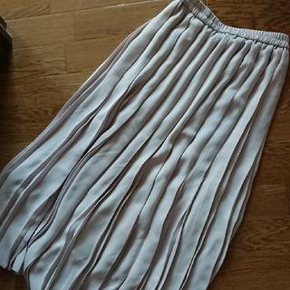 ユニクロ(UNIQLO)のUNIQLO☆プリーツスカート(ロングスカート)
