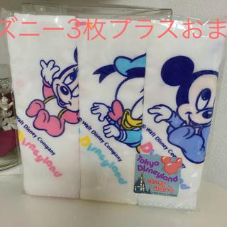 ディズニー(Disney)の新品未使用 東京ディズニーランド 日本製 ガーゼハンカチ 綿100% 3枚(その他)