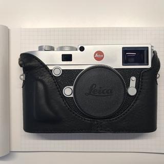 ライカ(LEICA)のライカ Leica m10 ケース付き(ミラーレス一眼)