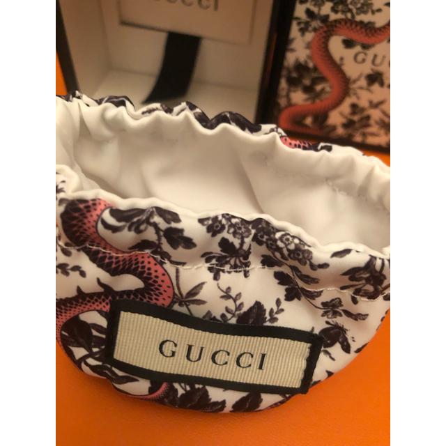 Gucci(グッチ)のグッチ2019年新作ブローチ レディースのアクセサリー(ブローチ/コサージュ)の商品写真