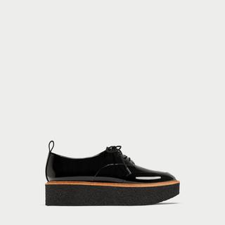 ザラ(ZARA)のZARA プラットフォームブルーチャーシューズ  (ローファー/革靴)