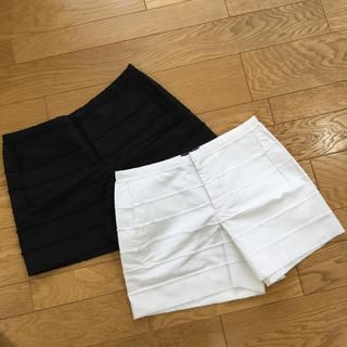 ドゥロワー(Drawer)のドゥロワー タチキリ コットン ショートパンツ ホワイト&ブラック 2枚セット(ショートパンツ)