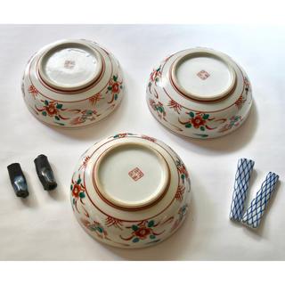 クタニセイヨウ(九谷青窯)の九谷焼 3枚 箸置き 4個(食器)