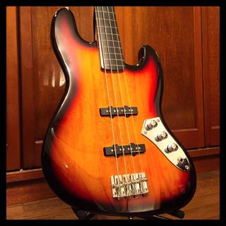 フェンダー(Fender)のスクワイヤー フレットレス ジャズベース ダンカンピックアップ 中古 レア(エレキベース)
