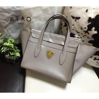 アタオ(ATAO)のATAO/アタオ ピッコラ レザーハンドバッグ カンパネラの小さいサイズ(ハンドバッグ)