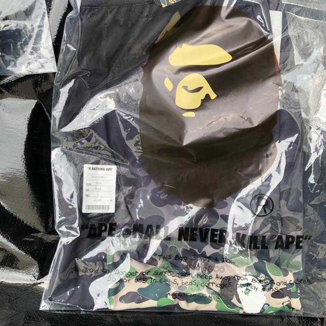 A BATHING APE(アベイシングエイプ)のbape fcrb ショーツ 黒 L メンズのパンツ(ショートパンツ)の商品写真