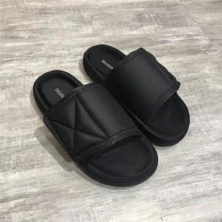 アディダス(adidas)のYeezy season6 スリッパ slipper  新品  44(サンダル)
