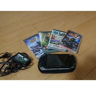 ソニー(SONY)のPSP、充電器、ハードケースセット(ソフトつき)(携帯用ゲーム本体)