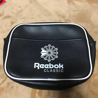 リーボック(Reebok)のReebok CLASSIC 美品ですが難あり!(クラッチバッグ)