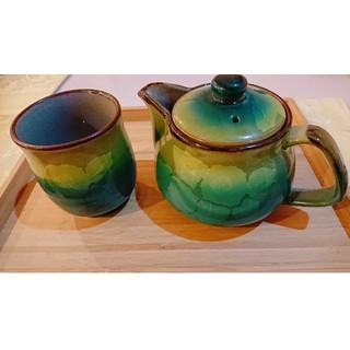 クタニセイヨウ(九谷青窯)の~九谷焼~急須*湯呑み*セットです。美しい品‼️(食器)