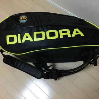 ディアドラ(DIADORA)の人気モデル!diadora  ラケットバッグ(バッグ)