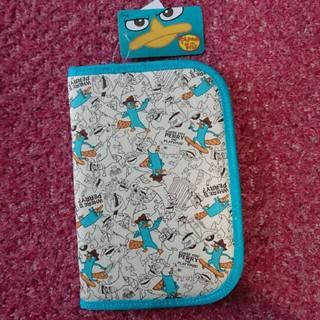 ディズニー(Disney)の新品・未使用 Disny フェニアスとファーブ マルチケース(母子手帳ケース)