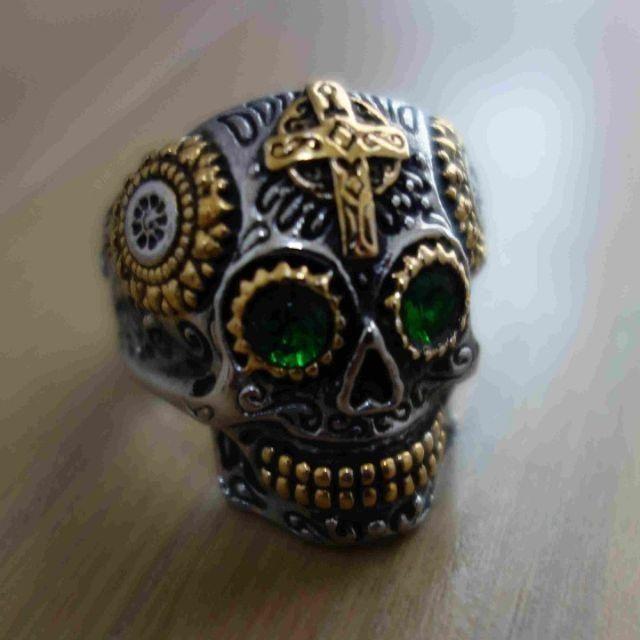 大人気 スカル グリーンアイ リング 緑の目 指輪 20号 メンズのアクセサリー(リング(指輪))の商品写真