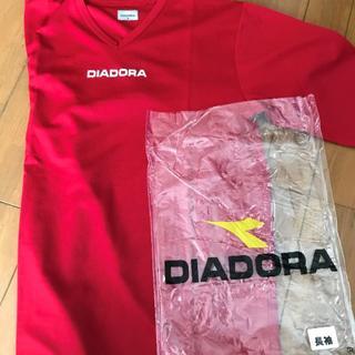 ディアドラ(DIADORA)のDIADORA 長T(Mサイズ) レッド(ウェア)