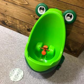 男の子用トレーニングトイレ カエルのおまる オマル トイレトレーニング (ベビーおまる)