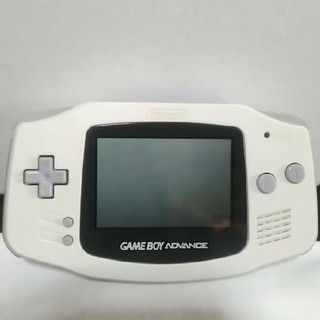 ゲームボーイアドバンス(ゲームボーイアドバンス)のゲームボーイアドバンス ホワイト(携帯用ゲーム本体)