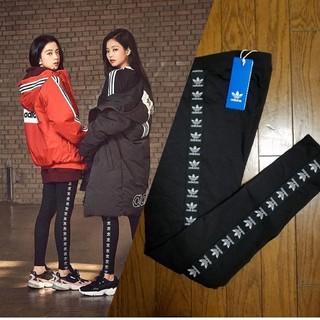 アディダス(adidas)のBLACKPINK 着用 アディダス トレフォイルロゴ テープ レギンス(レギンス/スパッツ)