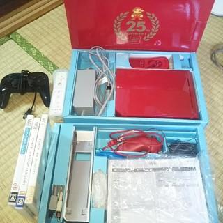 ウィー(Wii)のWii    任天堂25周年記念限定モデル(家庭用ゲーム本体)
