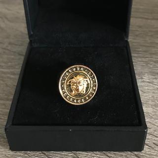 ヴェルサーチ(VERSACE)のヴェルサーチ  メデューサ  リング  指輪  ゴールド  15号(リング(指輪))