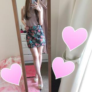 アベイル(Avail)の花柄 台形スカート ♡ 美品(ミニスカート)