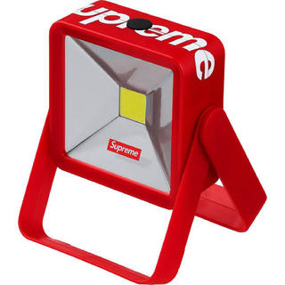 Supreme - supreme 18fw「magnetic kickstand light」