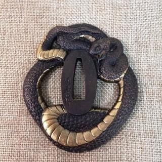 レア品 日本刀 刀の鍔    大蛇 (武具)