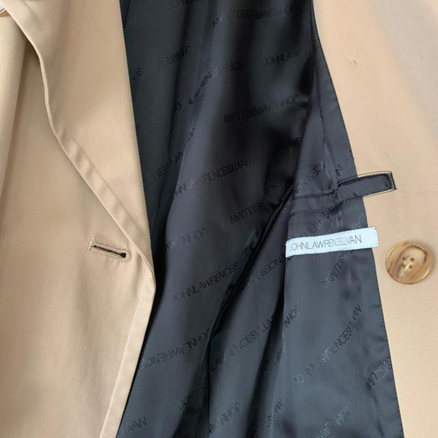 JOHN LAWRENCE SULLIVAN(ジョンローレンスサリバン)のジョンローレンスサリバン  トレンチコート レディースのジャケット/アウター(トレンチコート)の商品写真