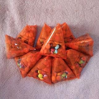 ディズニー(Disney)のディズニーリゾート ミニスナックケース用 チョコレート10個(菓子/デザート)
