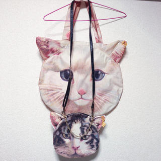 アチャチュムムチャチャ(AHCAHCUM.muchacha)のあちゃちゅむ 猫 トートバッグ&ミニバッグ(トートバッグ)