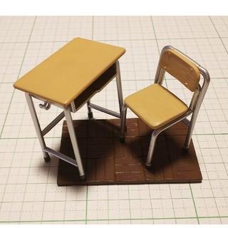 ミニチュア 学校シリーズ⑧机、椅子、床