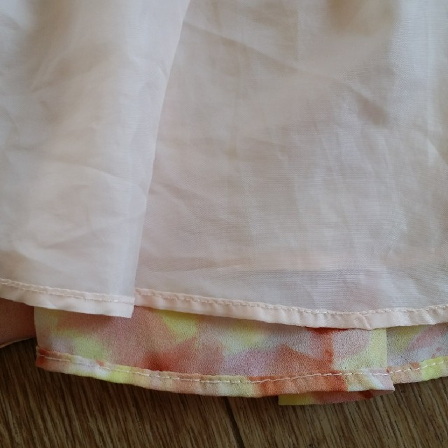 GU(ジーユー)のguスカートsize110 キッズ/ベビー/マタニティのキッズ服 女の子用(90cm~)(スカート)の商品写真