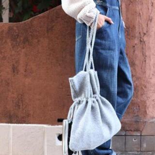 トゥデイフル(TODAYFUL)のキャナルジーン ギャザーニットソー巾着バックオフホワイト(バッグ)