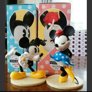 ディズニー(Disney)のLOVERS MOMENTS ミッキー&ミニー フィギュア(アニメ/ゲーム)