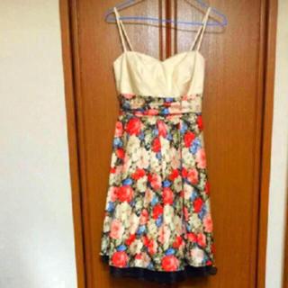 エメ(AIMER)のAIMER 花柄 編み込み フリル ひざ丈ワンピース ドレス(ミディアムドレス)