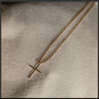 オデットエオディール(Odette e Odile)のクロス 10k ネックレス(ネックレス)