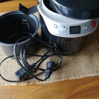 コイズミ(KOIZUMI)のコイズミ ライスクッカーミニ(炊飯器)
