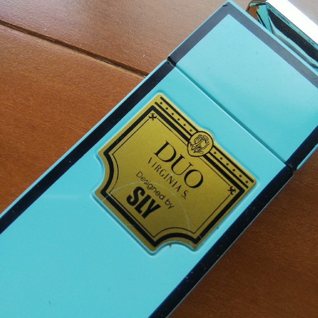 SLY(スライ)の【未使用】携帯灰皿 Virginiaslim×SLY 水色 吸殻入れ インテリア/住まい/日用品のインテリア小物(灰皿)の商品写真