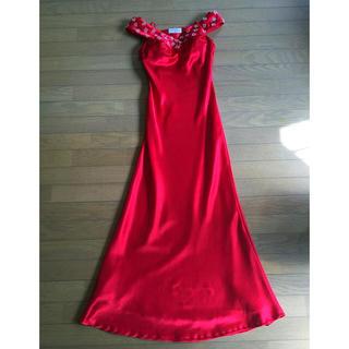 エメ(AIMER)のロングドレス サテン赤(ロングドレス)