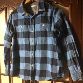 ジーユー(GU)の【GU  綿100% ネルシャツ  150】ブルーチェックの着回せる一着♬(ブラウス)